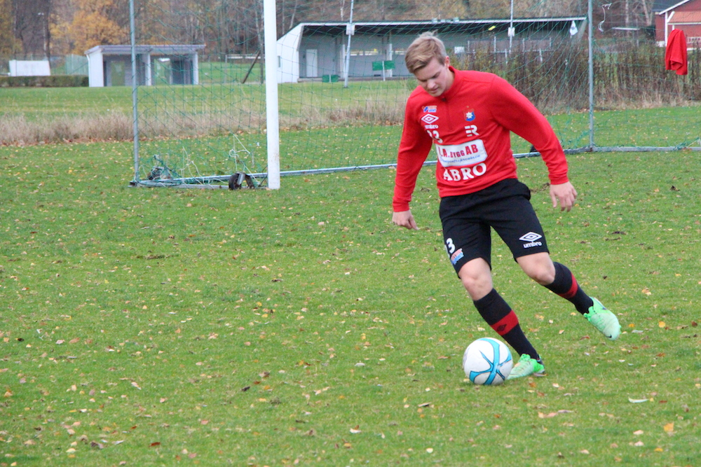 Rasmus Haraldsson var åter på gräset