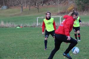 Jakob Lindström spelar, men Emil Karlsson?